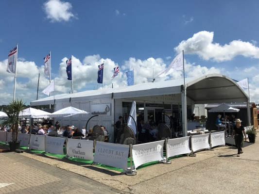 Wine Bar at Lendy Cowes Week