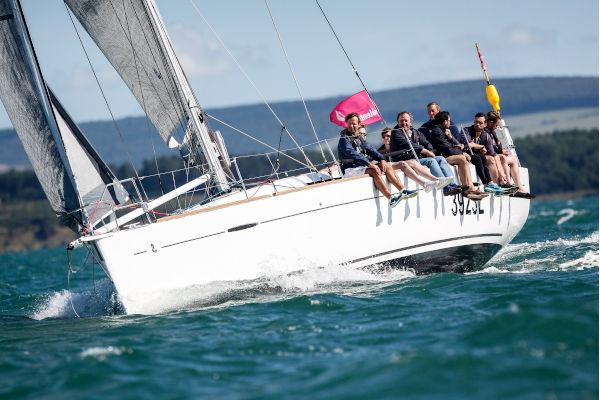team sailing yacht event